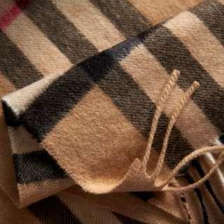 Burberry 傳統格仔 cashmere scarf