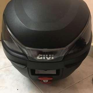 GIVI BOX