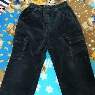 B&K中小童秋冬款工程褲 長褲👖約4歲穿 材質佳 二手長褲