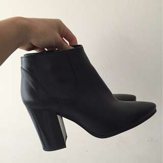 Zara leather ankle boots 38