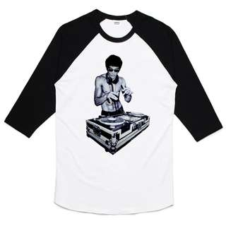 Bruce Lee DJ 七分袖T恤-白黑色 鋼鐵人李小龍人物電影中國武術葉問功夫