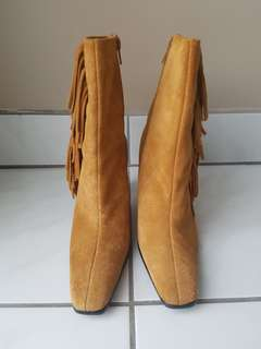 sz 7 Suede Leather Fringe Boots