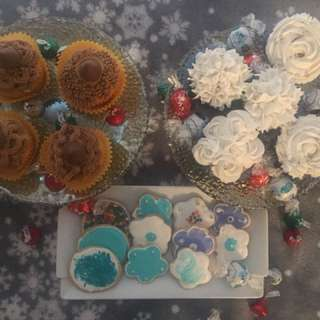 Order customized cupcakes
