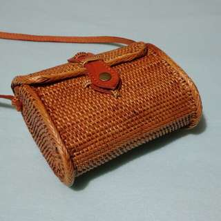 Instagram-famous handmade rattan bag from Bali (Model name: December)
