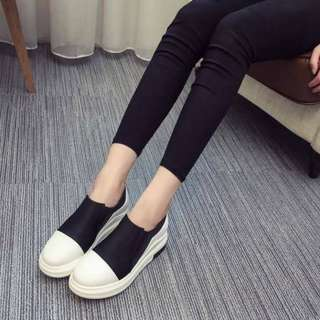 Comfy and Stylish Sneakers (BLACK)