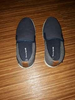 Sepatu ank cowok