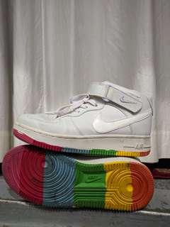 Women's Nike Air Sneakers Rainbow Size 8/40