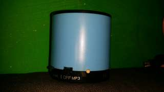 圓形藍色藍牙電臺喇叭