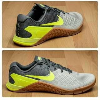 Sepatu Nike Metcon 2 Sol Gum Original Bnib