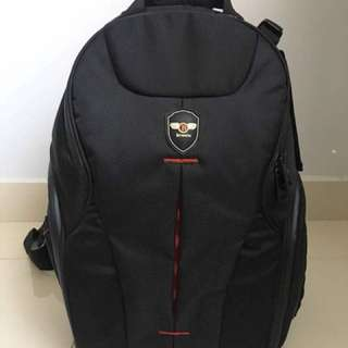 Bronic DSLR/Mirrorless and Laptop backpack