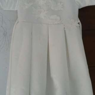 Dress putih cantik anak