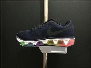 NIKE AIR MAX TAILWIND 8 男裝跑步鞋 826056-400