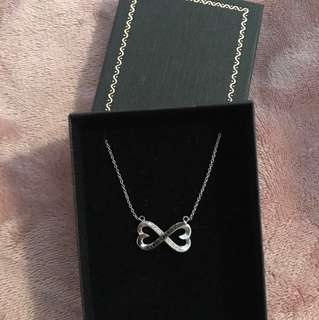 Real white gold infinity necklace