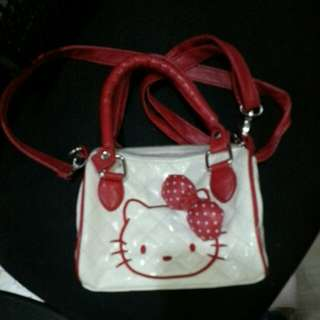 PRELOVED HELLO KITTY KIDS SLING BAG
