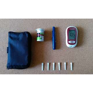 Accu-check Blood Glucose Meter and Lancing Device