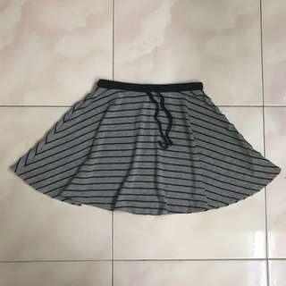 Skirt (RM10 include postage)