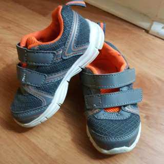 Toddler running shoes