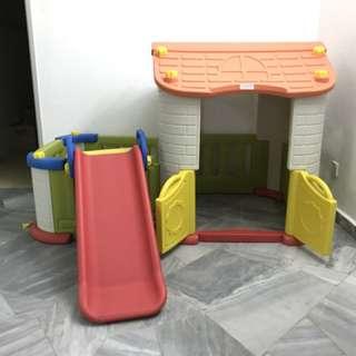 Giant PLAYHOUSE