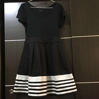 MOMA 洋裝