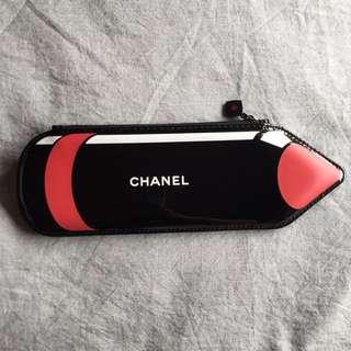 CHANEL makeup purse