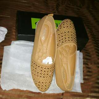 Sepatu jaman now