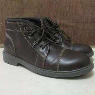 Sepatu Boots Weinbrenner USA Size 40 Mirip Palladium