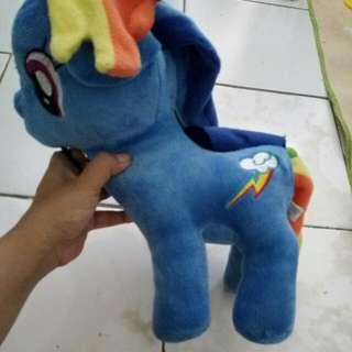 Boneka kuda pony