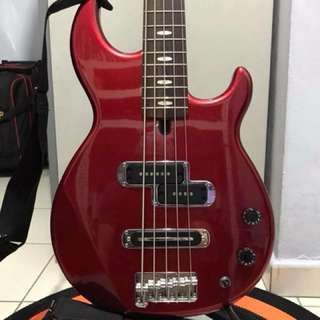 Yamaha BB-425 Billy Sheehan 5 String Bass