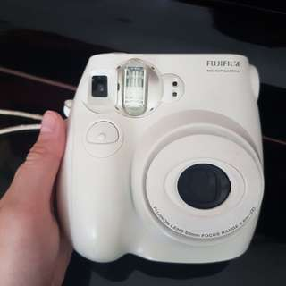 INSTAX MINI 7S WHITE (polaroid camera)