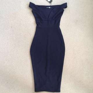 Off The Shoulder Navy Bodycon Dress - Size 6