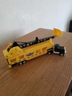"COMPLETE 10"" Construction Big Rig hauler and Car Hauler."