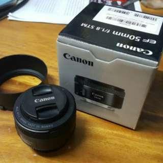 Canon ef 50mm f/1.8 stm with hood lengkap