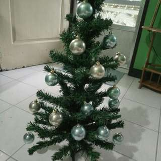 Christmas Tree with Christmas balls