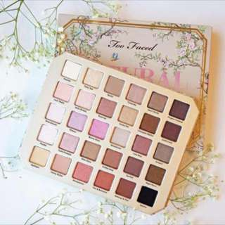 Too faced 30 Colours eyeshadow