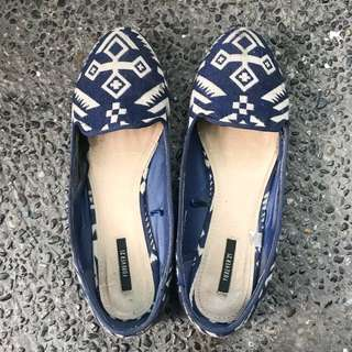 Forever 21 aztec loafers