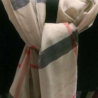 Burberry shawl