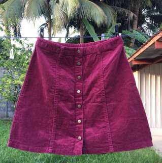 F21 maroon A-line skirt