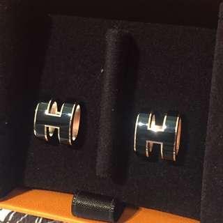 全新愛馬仕 Hermes pop H earring 耳環 玫瑰金黑色。有盒 new