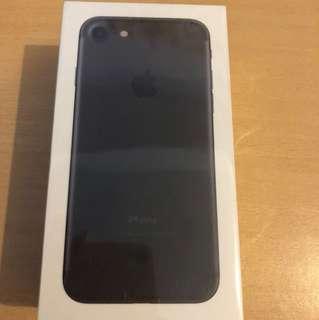 Brand New IPhone 7 256GB  Black 全新未開盒 iphone 7 黑色