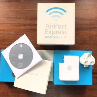 Airport Express generasi 1 (1st generation) apple