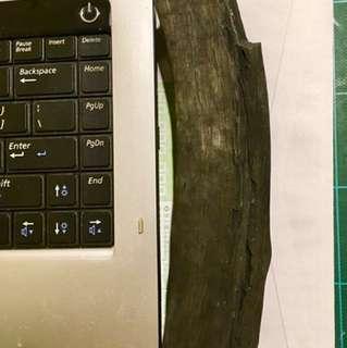 日本製松木~備長炭,有多件由10cm至20cm極長,可放電腦,電視等附近,防輻射,放水內淨化,永遠可用,等等,十分珍貴,可上網參考備長炭功能!每寸計價,每寸~HK$100-起
