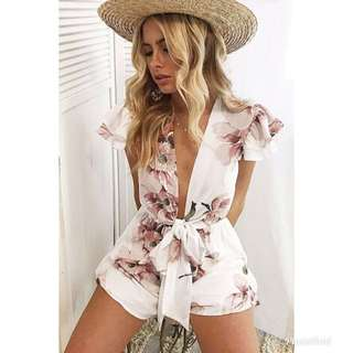 DOLLY GIRL FASHION White Floral Playsuit (SIZE 12)
