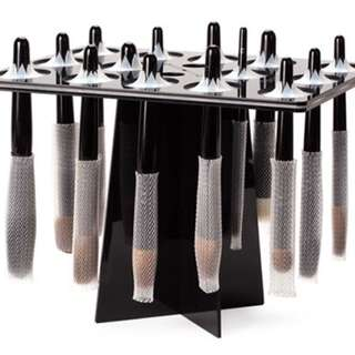 Makeup brush tree stand