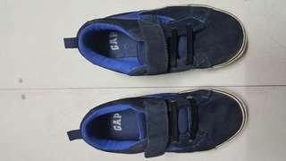 Preloved GAP shoes