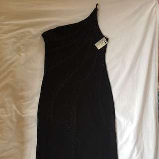 US brand black long gown