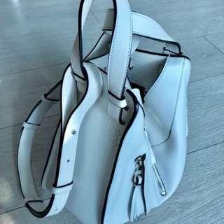 Loewe bag hammock (white)