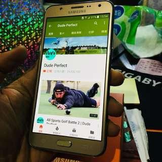 🚚 Samsung J7 16G Gold color