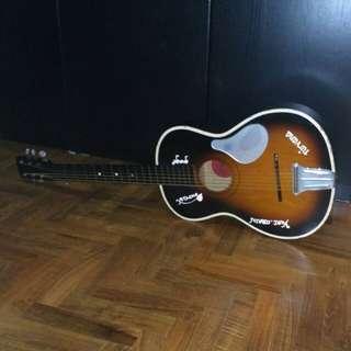 Acoustic Guitar Vintage Parlour