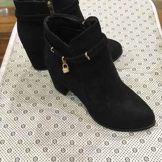 跟鞋 踝靴 短靴