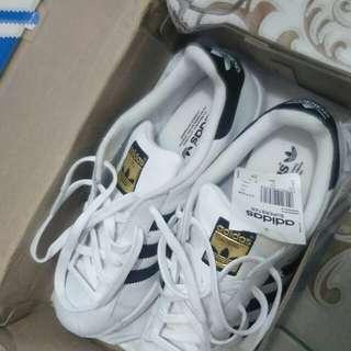 Adidas superstar foundation hack classic